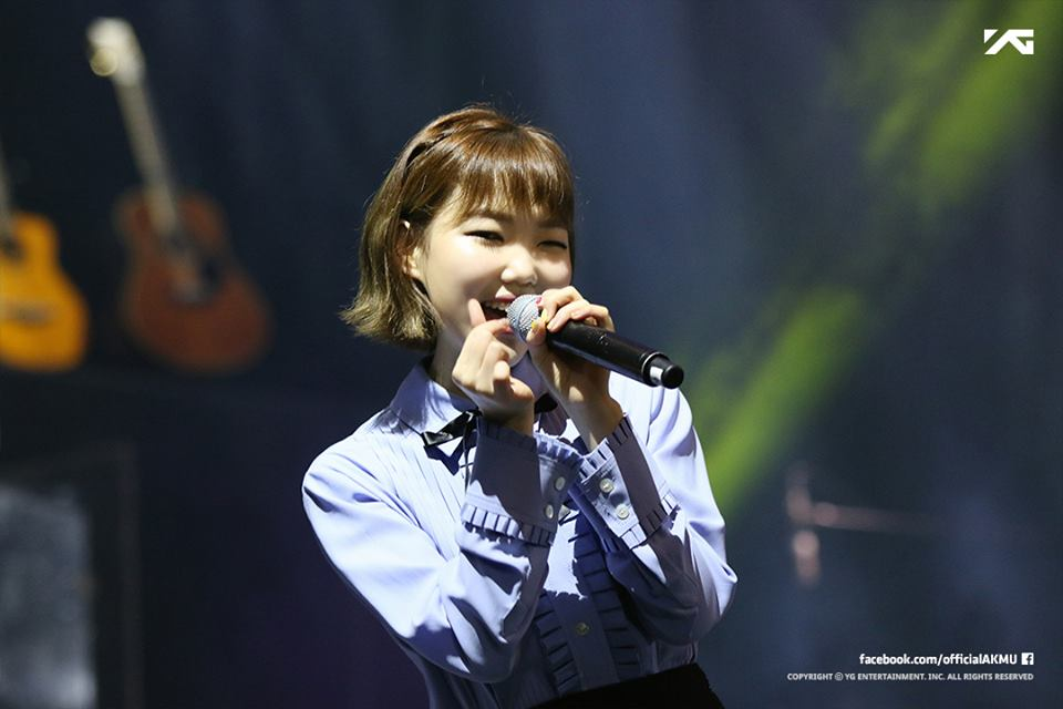 Lee Su Hyun (Akdong Musician Singapore December 9th ©YG)