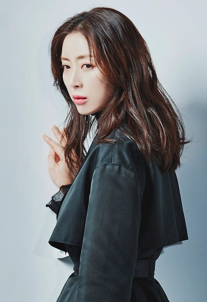 Secret Mother - Kim Yoon Jin