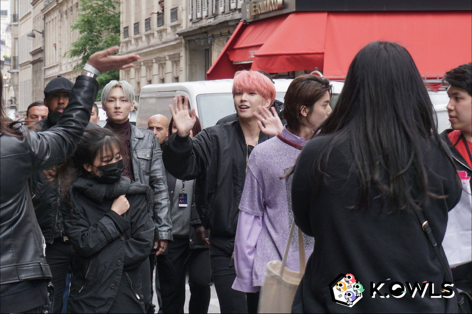 SF9 Unlimited à Paris