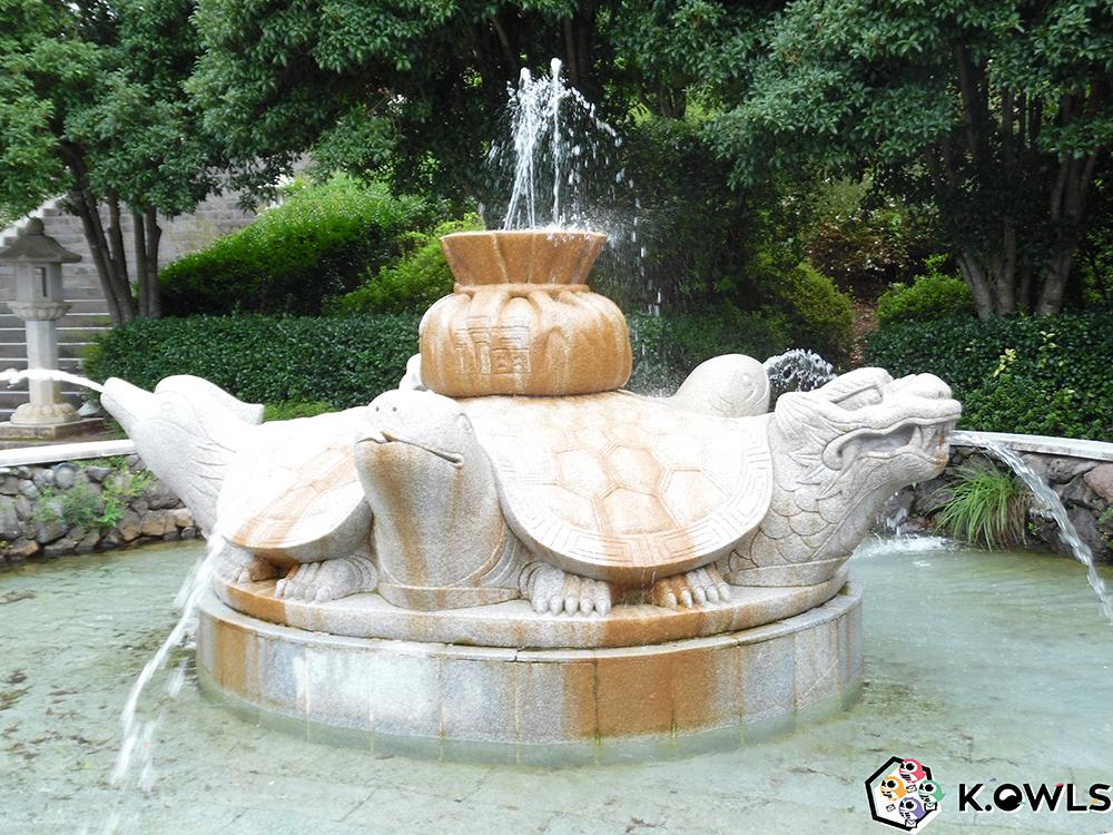 Fontaine des Cinq Bénédictions
